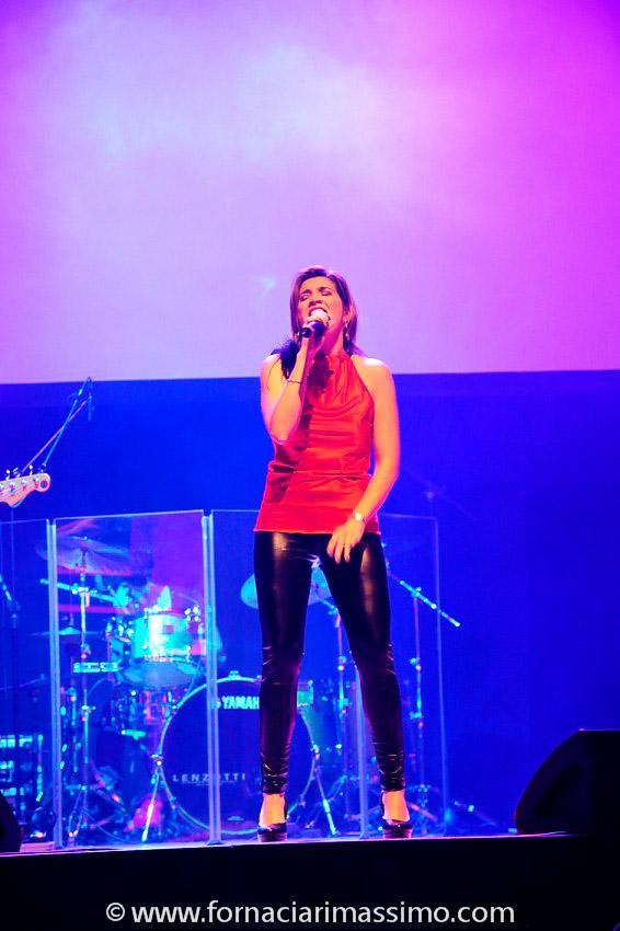 Eleonora veste Claudia B. Acconciatura Noes Parrucchieri